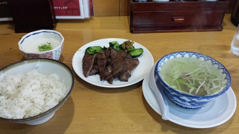 仙台の牛タン屋「喜助」の牛たん炭火焼き定食