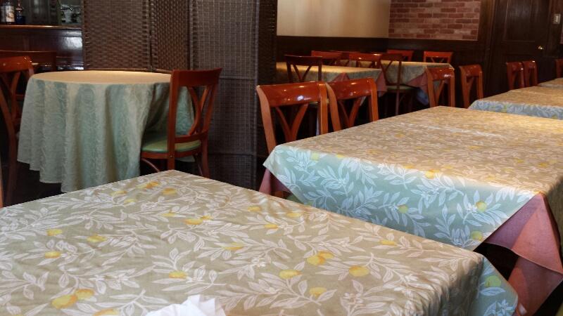 熊本のBouche's cafe (ブーシーズカフェ)の席